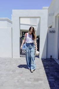 Call me Lore wearing Alice and Olivia Wide Leg Pants
