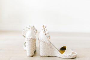 Call me Lore's Shoe of the Month: White Valentino wedges
