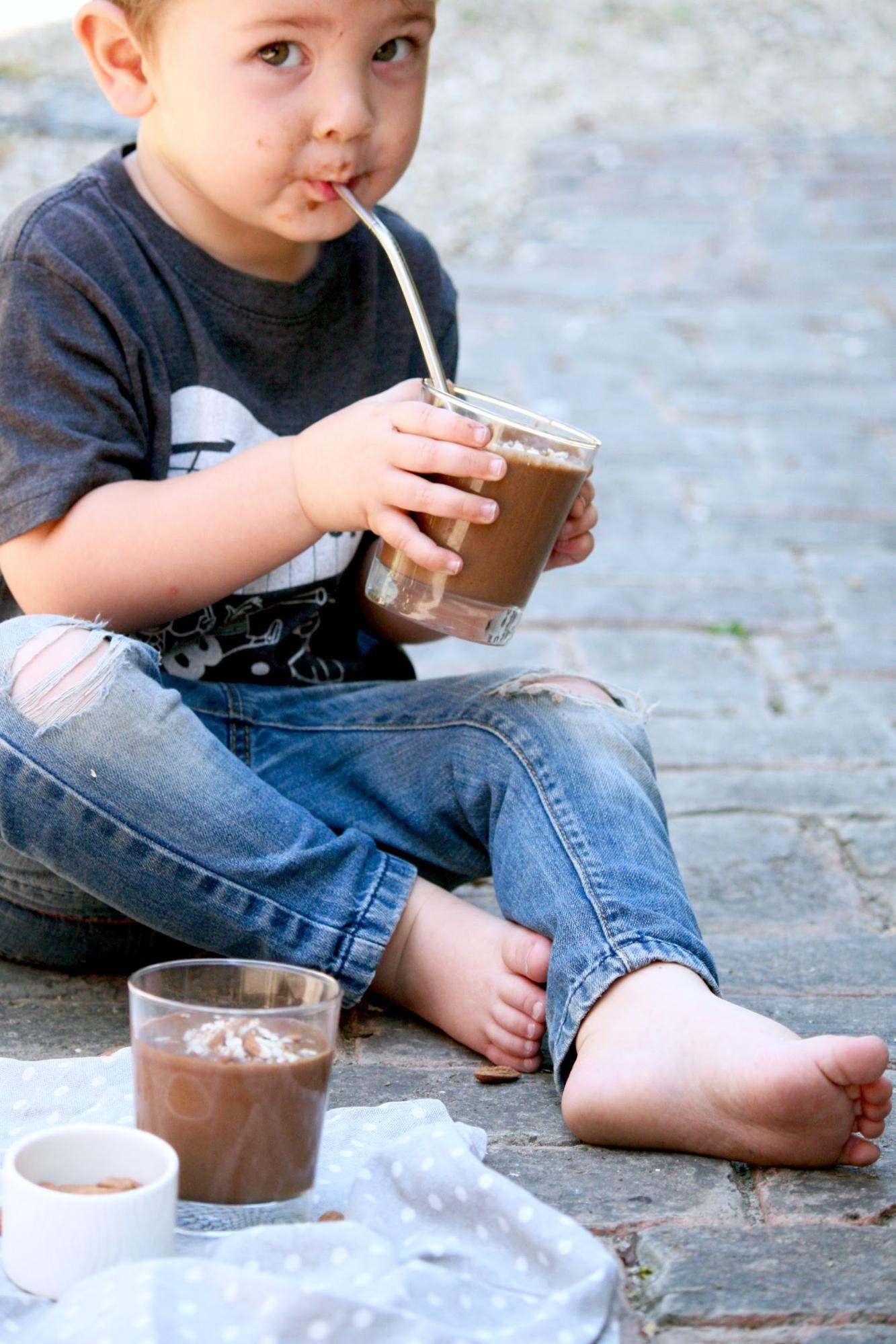 Chocolate Veggie Smoothie for Toddlers Call Me Lore's Turning Picky Kid Eaters Into Healthy Eaters Toddler Healthy Recipes